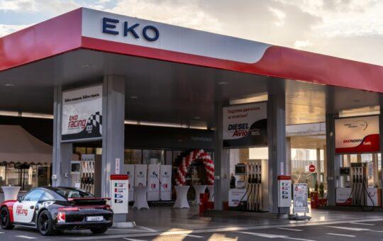 броят на бензиностанциите