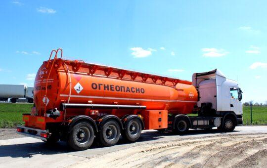 превоз на петролни продукти
