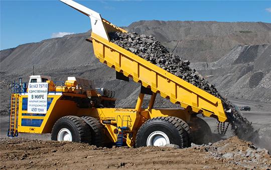производители на минни камиони