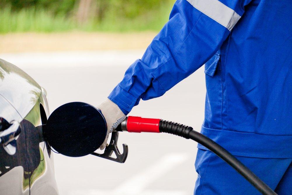 качествен бензин