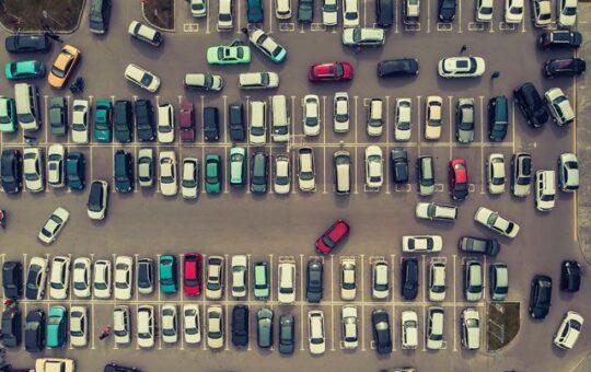 паркиране и настаняване